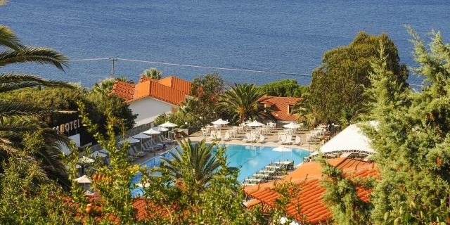 3 нощувки All inclusive + дете до 11.99г. безплатно в хотел Aristoteles Holiday Resort & Spa 4* Уранополи, Атон, Халкидики!